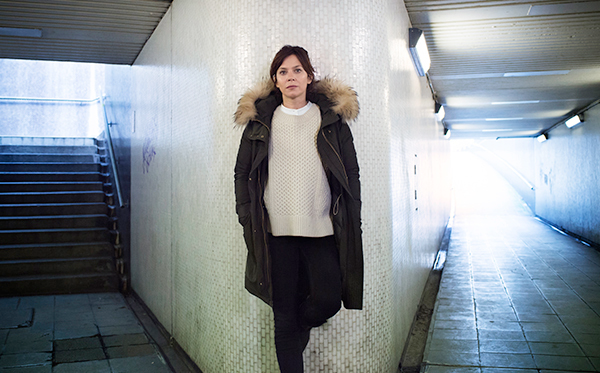Anna Friel in Marcella