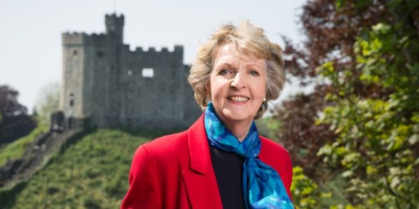 Penelope Keith at Her Majesty's Service Makes Broadcast Debut on Public TV Stations