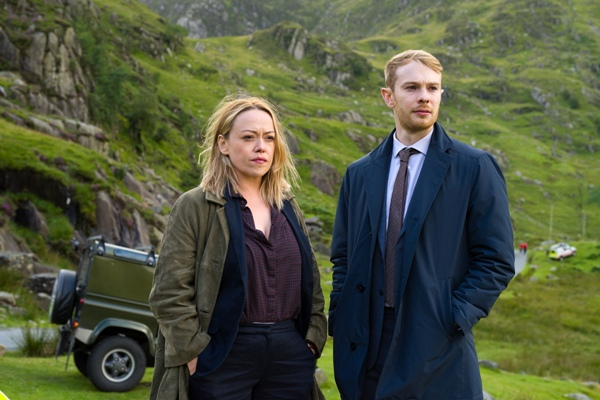 Hidden Sian Reese Willams & Sion Alun Davies