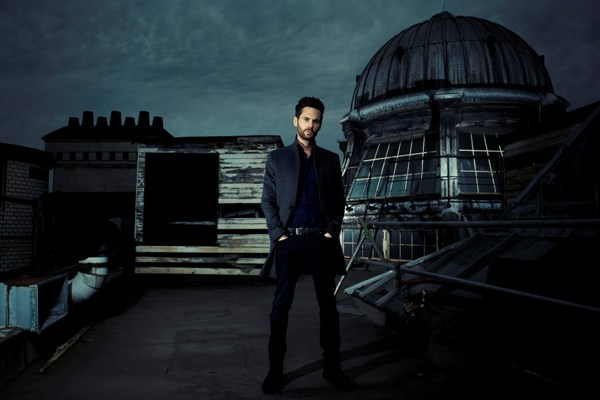 Tom Riley in Dark Heart