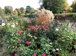 A Short History of the English Garden